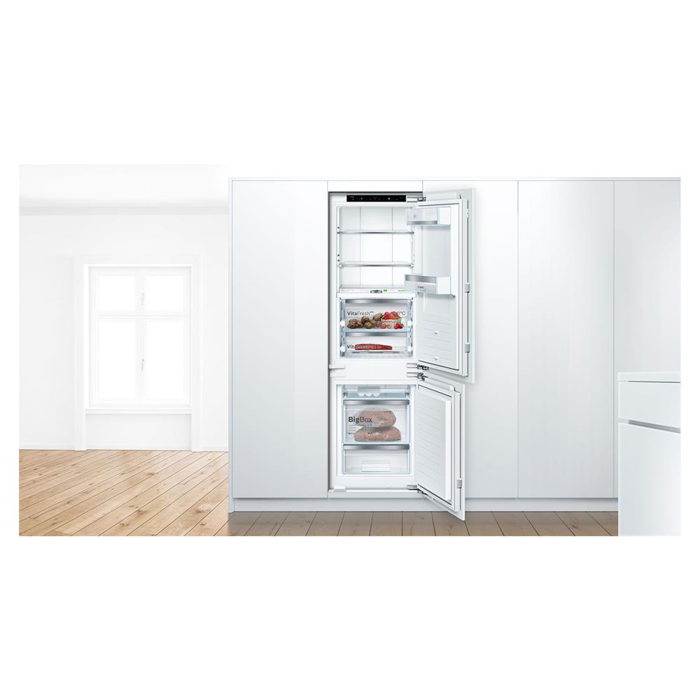 Bosch Vgradni hladilnik z zamrzovalnikom KIF86PF30