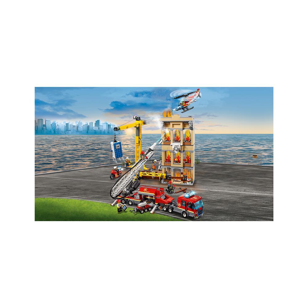 LEGO City Gasilska brigada gasi v centru mesta 60216