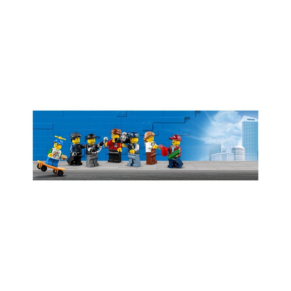 LEGO City Otvoritev slaščičarne s krofi 60233
