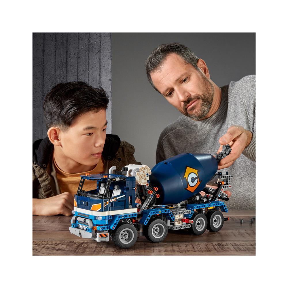 LEGO Technic Tovornjak z mešalnikom betona 42112